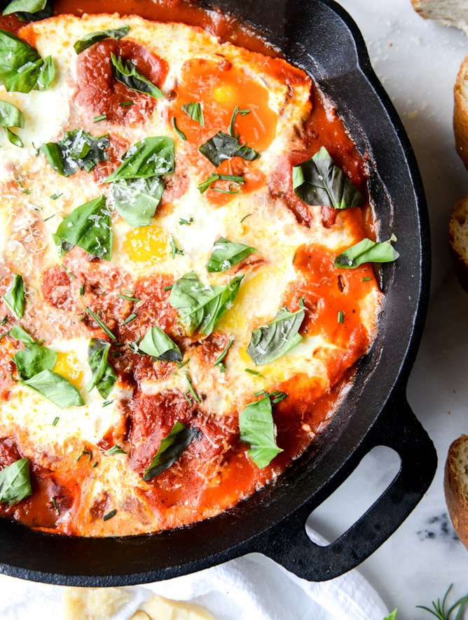 Fiery baked eggs in spicy arrabiatta how sweet eats fiery baked eggs i howsweeteats forumfinder Image collections