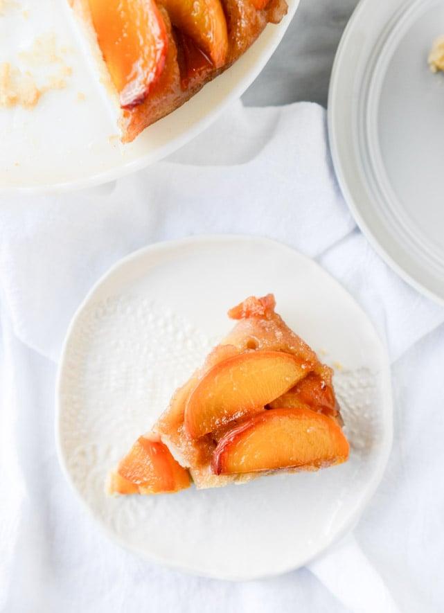 cinnamon sugar bourbon peach upside down cake I howsweeteats.com