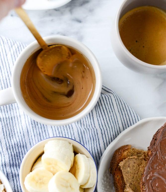 how to make a nutella latte I howsweeteats.com