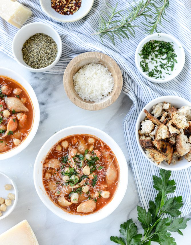chickpea pasta soup I howsweeteats.com