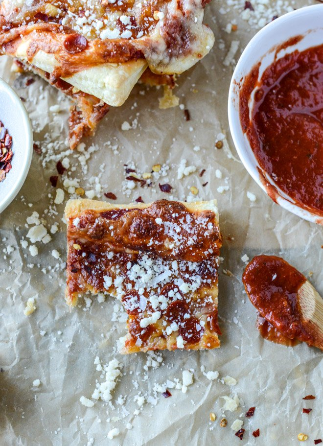 super easy pepperoni pizza puff pastry I howsweeteats.com