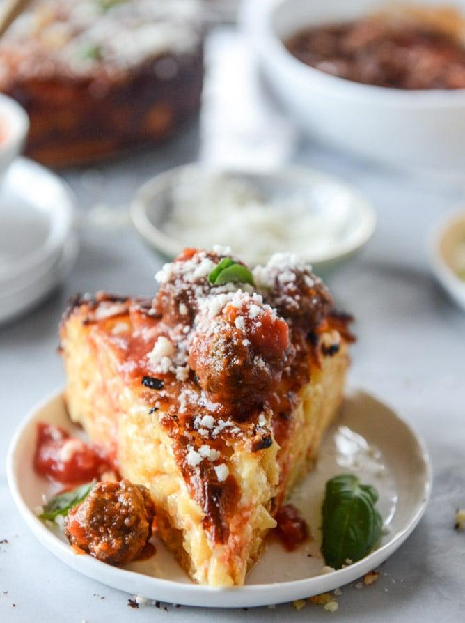 cheesy bucatini pie with mini meatballs I howsweeteats.com