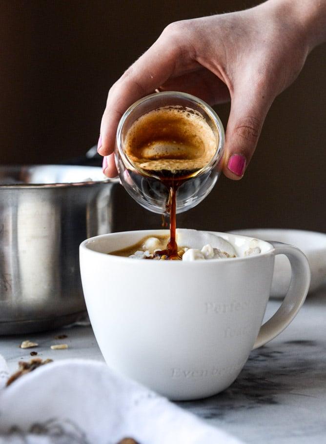 how to make an oatmeal latte I howsweeteats.com