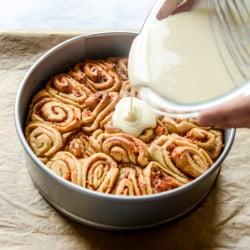carrot cake cinnamon rolls I howsweeteats.com-5