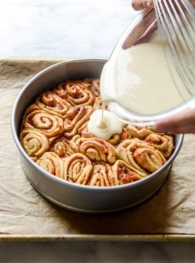 Carrot cake cinnamon rolls with mascarpone icing how sweet eats carrot cake cinnamon rolls with mascarpone icing i howsweeteats forumfinder Gallery