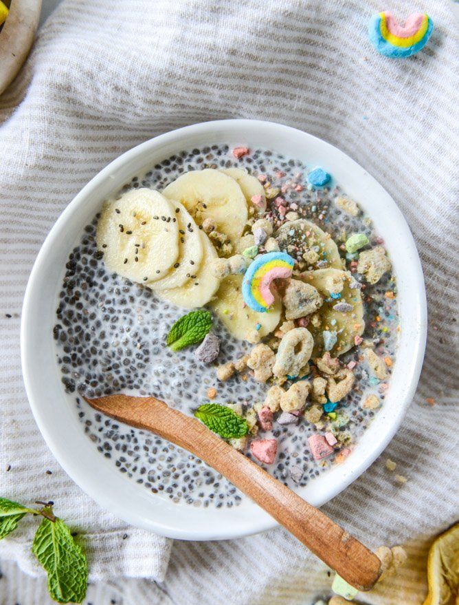 cereal milk chia pudding with lucky charms crumbs I howsweeteats.com