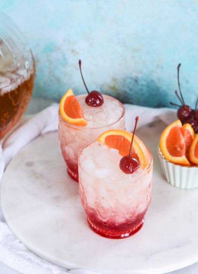 amaretto bourbon punch I howsweeteats.com