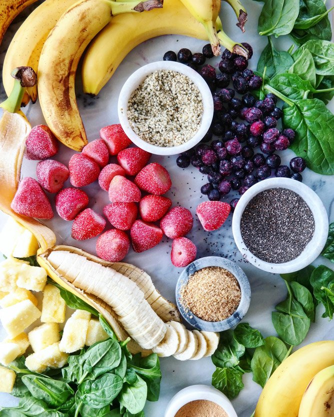 meal prep: how to make smoothie packs for the week ahead I howsweeteats.com