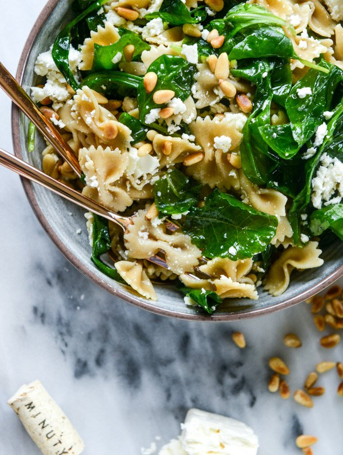 farfalle with marinated feta, arugula and toasted pine nuts I howsweeteats.com