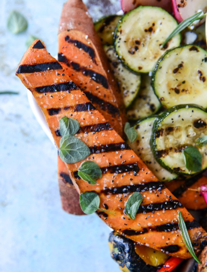 marinated grilled veggies with avocado feta I howsweeteats.com