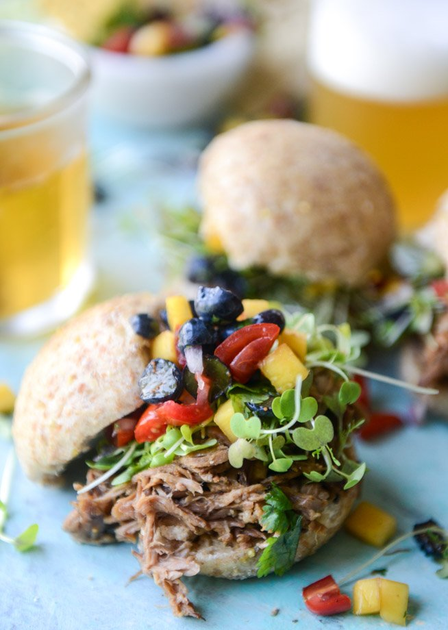 kalua pork sliders with mango blueberry salsa I howsweeteats.com