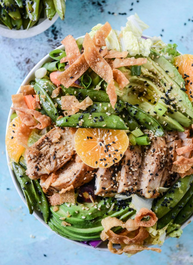 chinese chicken salad with sesame garlic dressing I howsweeteats.com
