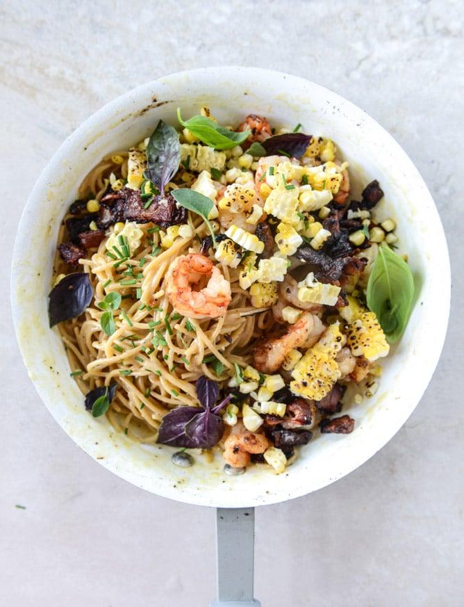 summer shrimp and charred corn pasta carbonara by @howsweeteats I howsweeteats.com