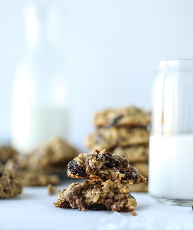 bourbon soaked cherry oatmeal chocolate chip cookies I howsweeteats.com