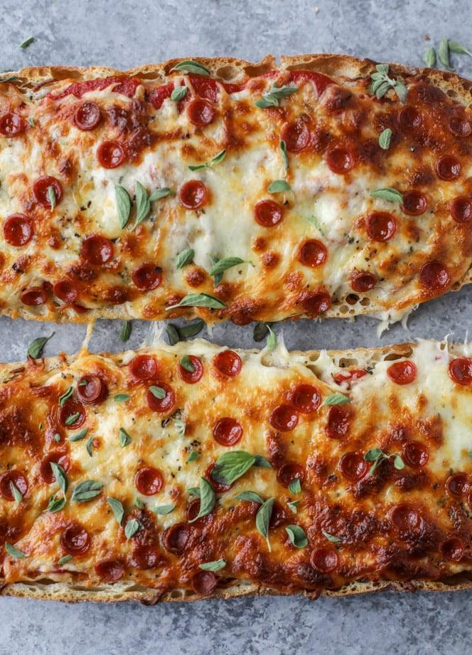 ciabatta bread pizza I howsweeteats.com