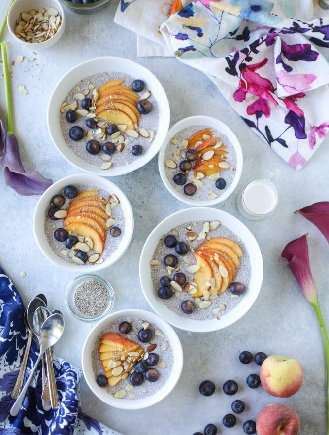 blueberry peach chia bowls I howsweeteats.com