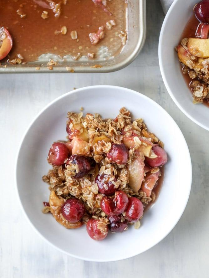 cherry peach crisp with oatmeal cookie crumble I howsweeteats.com