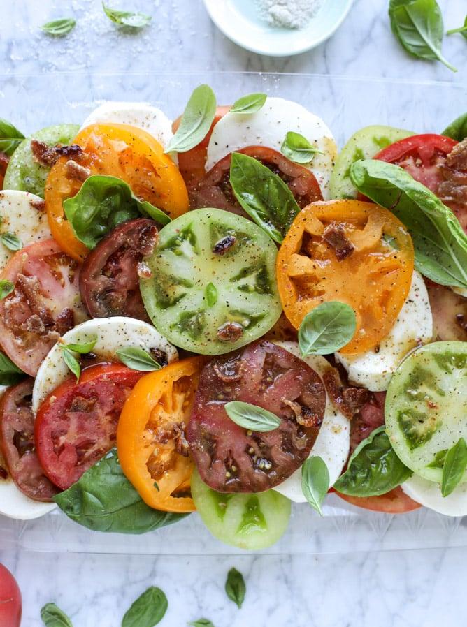 hot bacon caprese salad I howsweeteats.com
