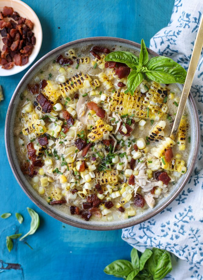 grilled corn, chicken and bacon chowder I howsweeteats.com