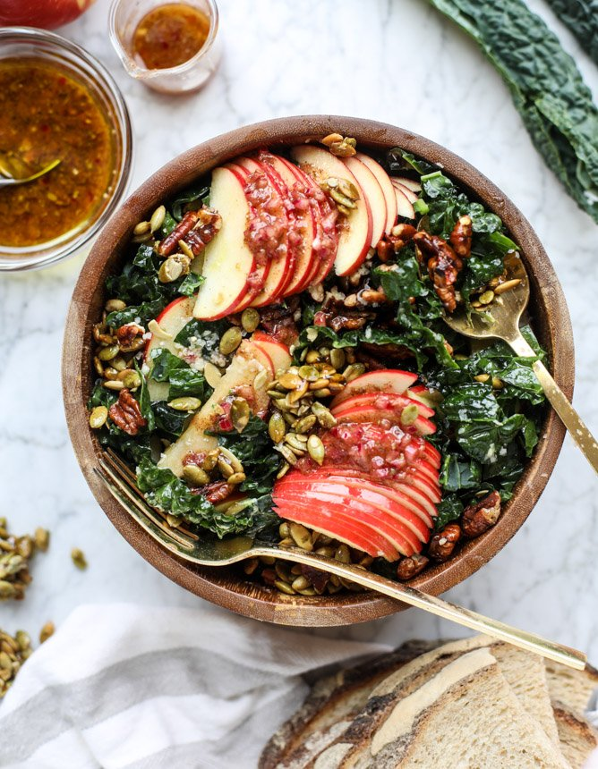 harvest honeycrisp kale salad I howsweeteats.com