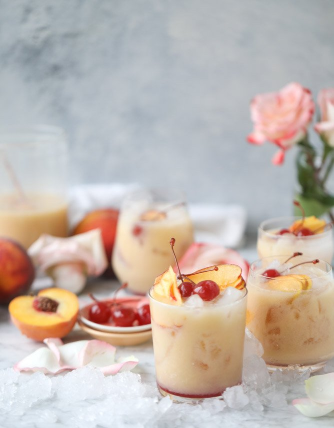 iced peach colada I howsweeteats.com