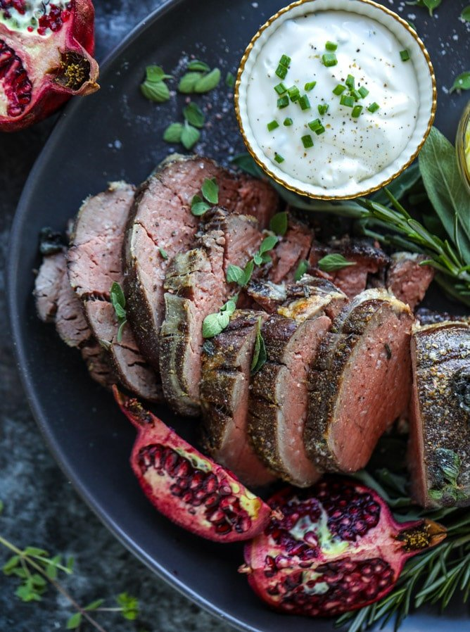 herb and butter roasted beef tenderloin I howsweeteats.com #beef #tenderloin #christmas #holidays #filet