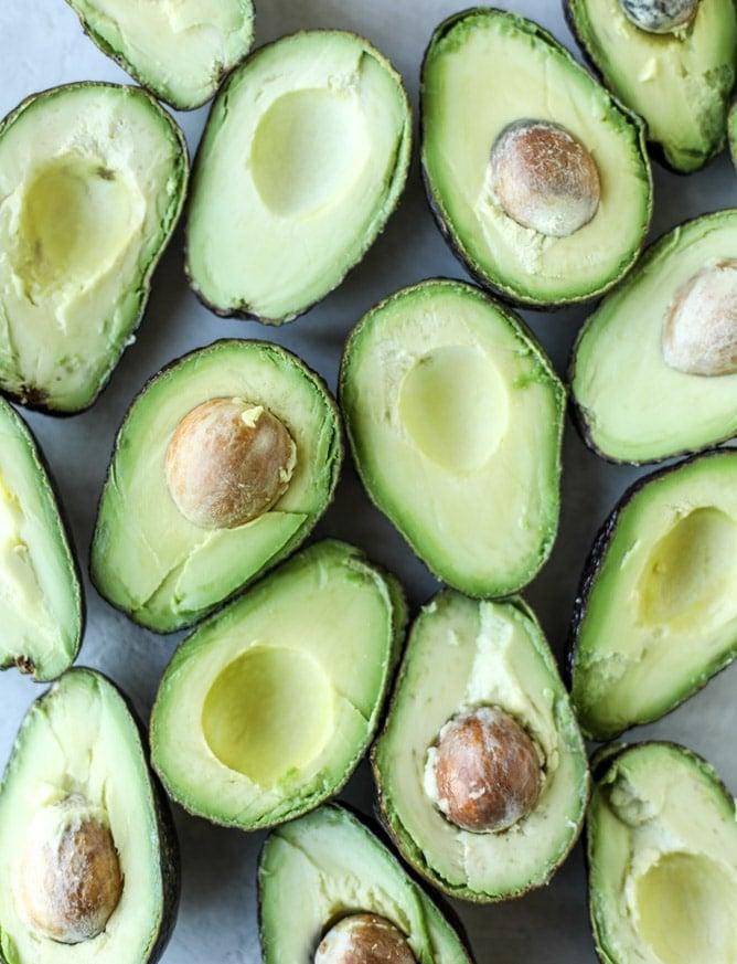 crispy carnitas guacamole I howsweeteats.com #guacamole #dip #avocado