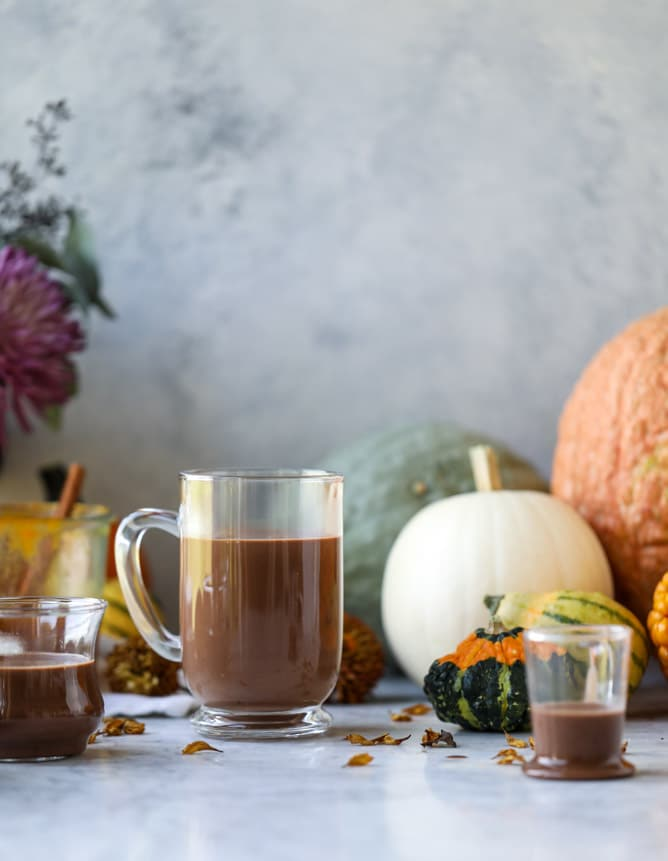 pumpkin coconut hot chocolate I howsweeteats.com #pumpkin #hotchocolate #drinks