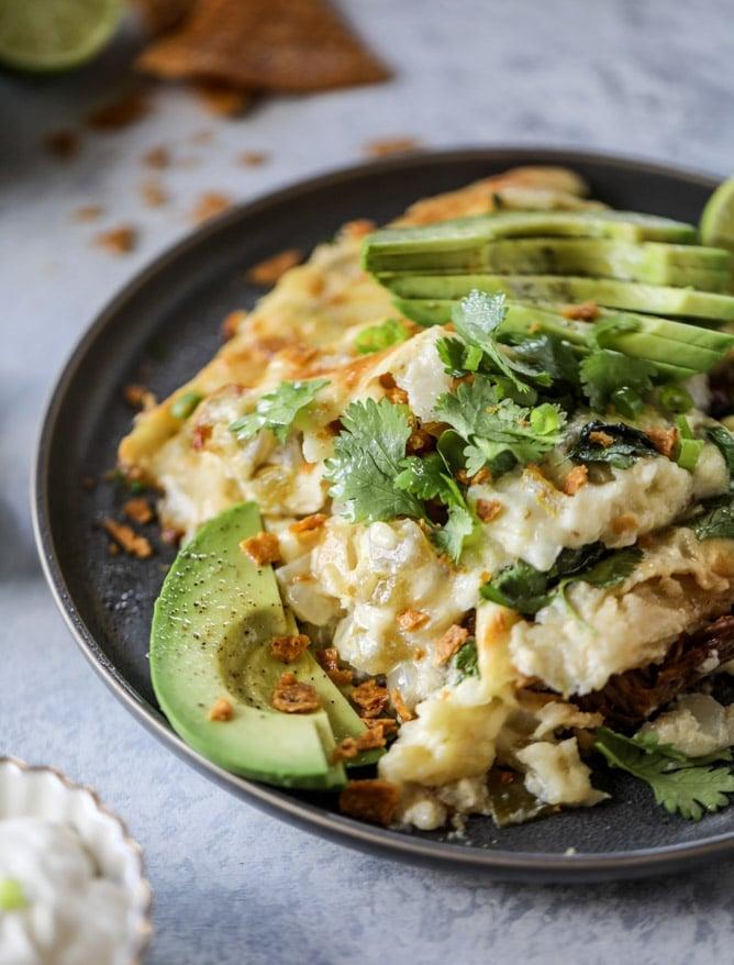 slow cooker shredded beef enchiladas I howsweeteats.com #beef #enchiladas #slowcooker