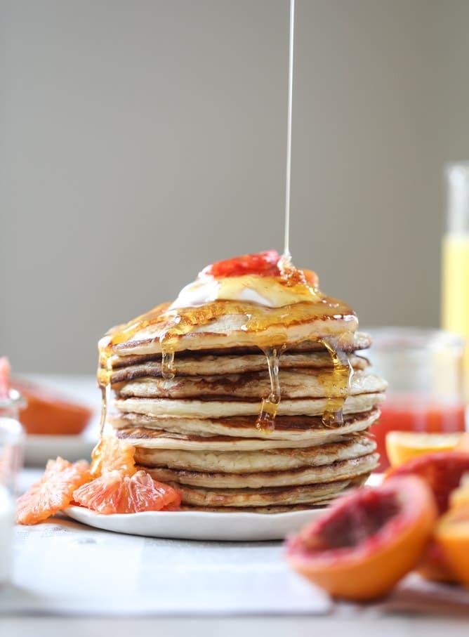 greek yogurt pancakes with warm winter citrus I howsweeteats.com #greekyogurt #pancakes #breakfast #brunch #citrus