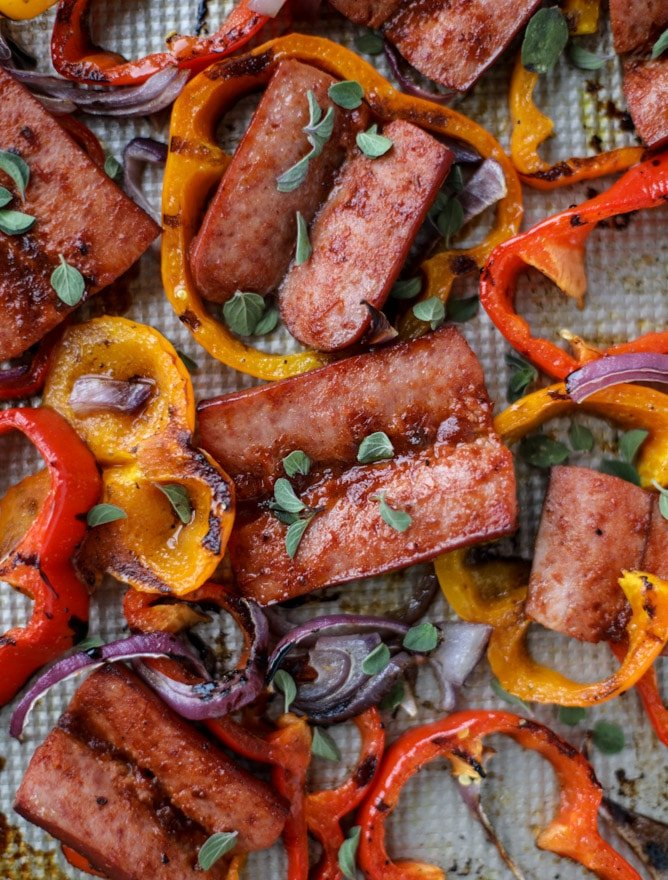 sheet pan smoked sausage and peppers I howsweeteats.com #sheetpan #smoked #sausage #turkey #healthy