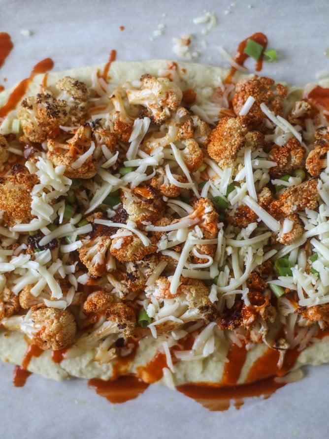 roasted buffalo cauliflower flatbread I howsweeteats.com #cauliflower #buffalo #pizza #flatbread