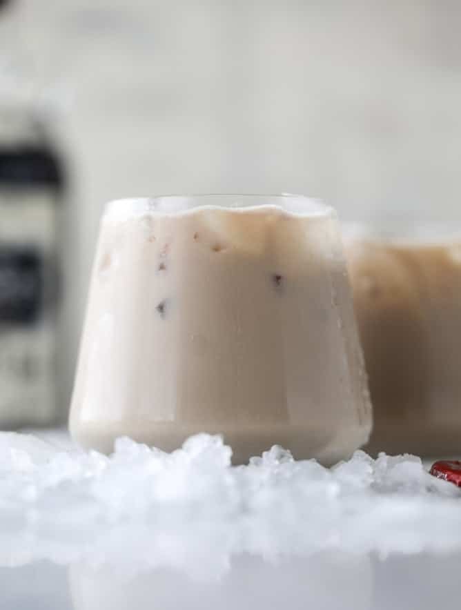 root beer rum creams I howsweeteats.com #rootbeer #cocktails #baileys #irishcream #rum