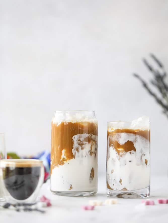 lavender vanilla iced lattes I howsweeteats.com #lavender #vanilla #icedcoffee #latte #coldbrew