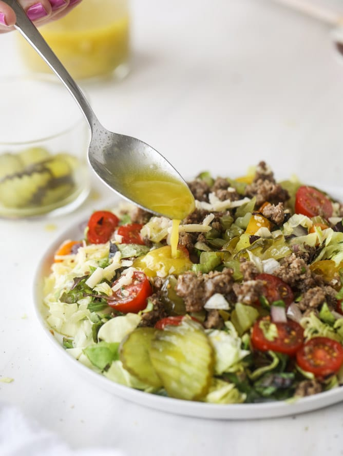 cheeseburger chopped salad I howsweeteats.com #cheeseburger #chopped #salad #dill #pickle #dressing