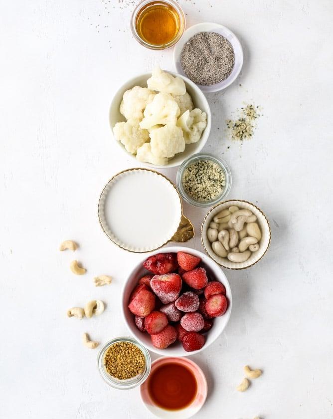 strawberry cashew smoothie I howsweeteats.com #strawberry #cashew #smoothie #healthy #breakfast