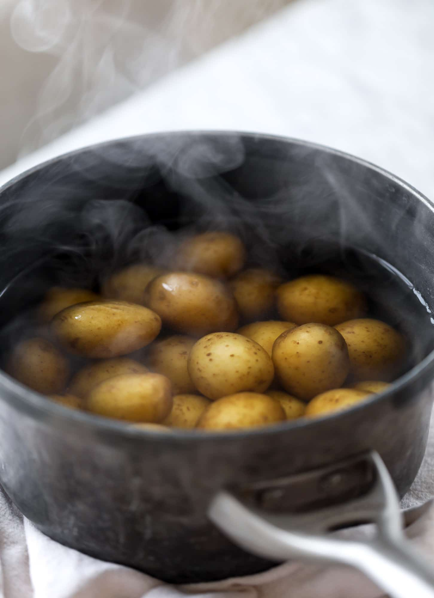 par boiling potatoes