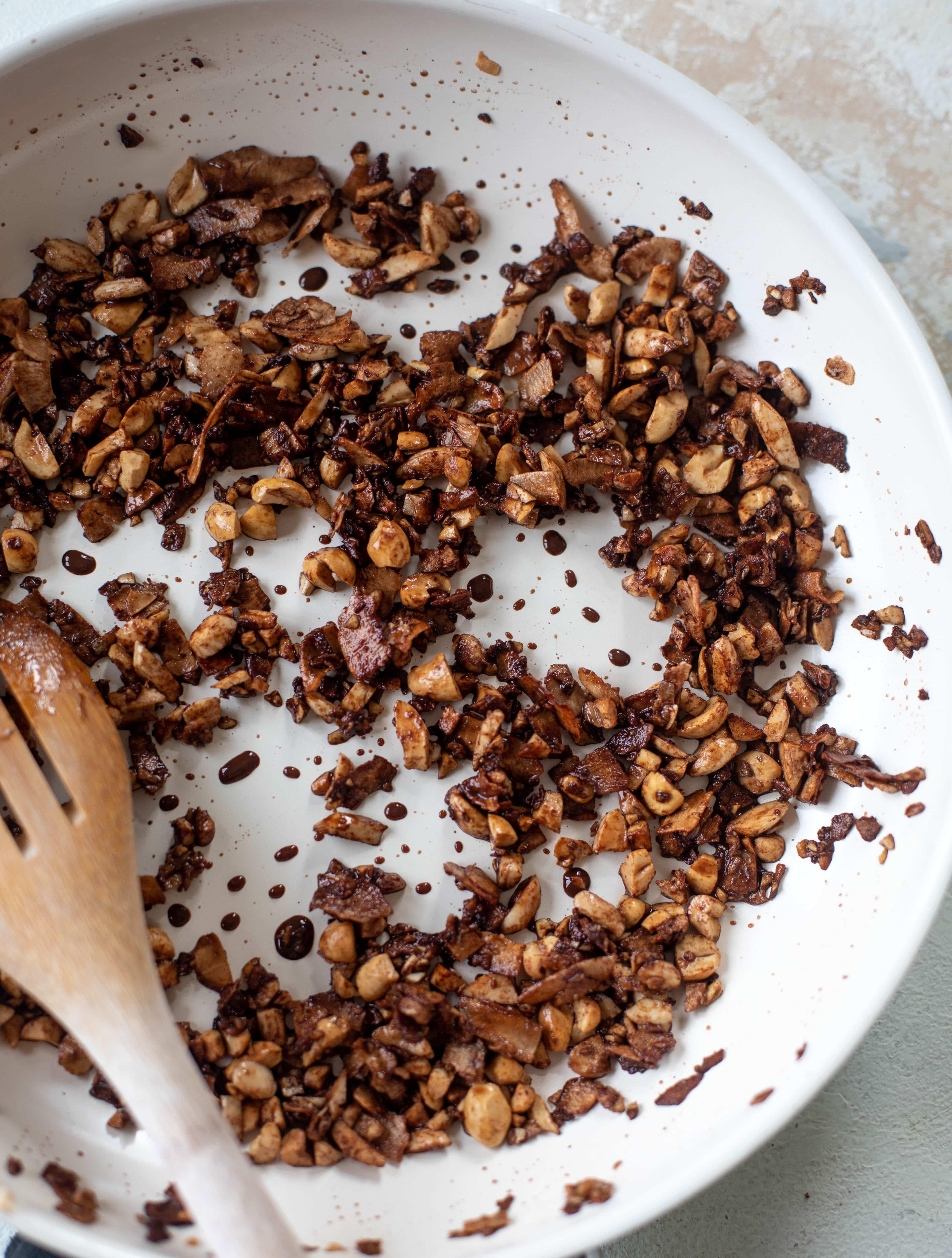 5 minute grain free chocolate granola