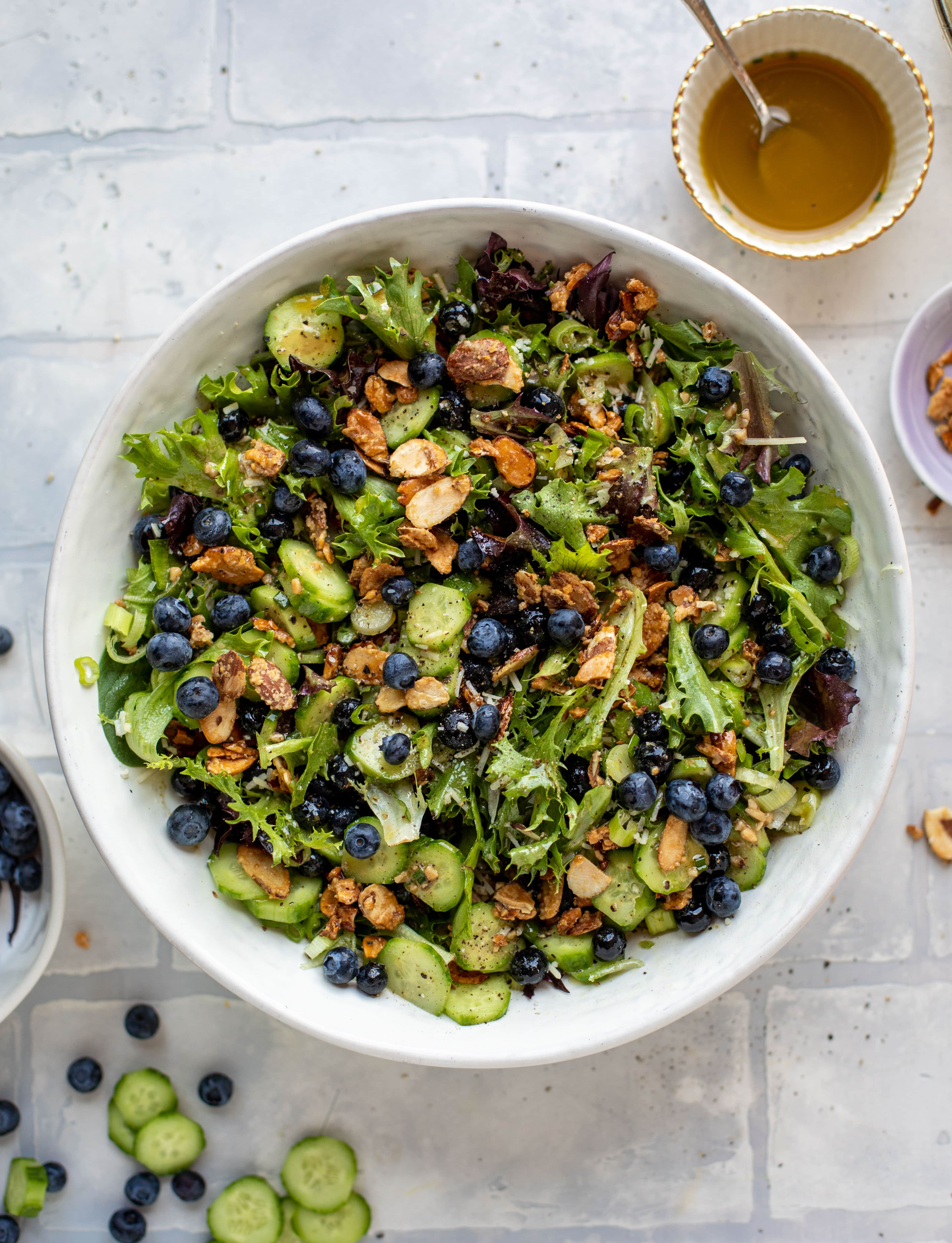 blueberry summer salad