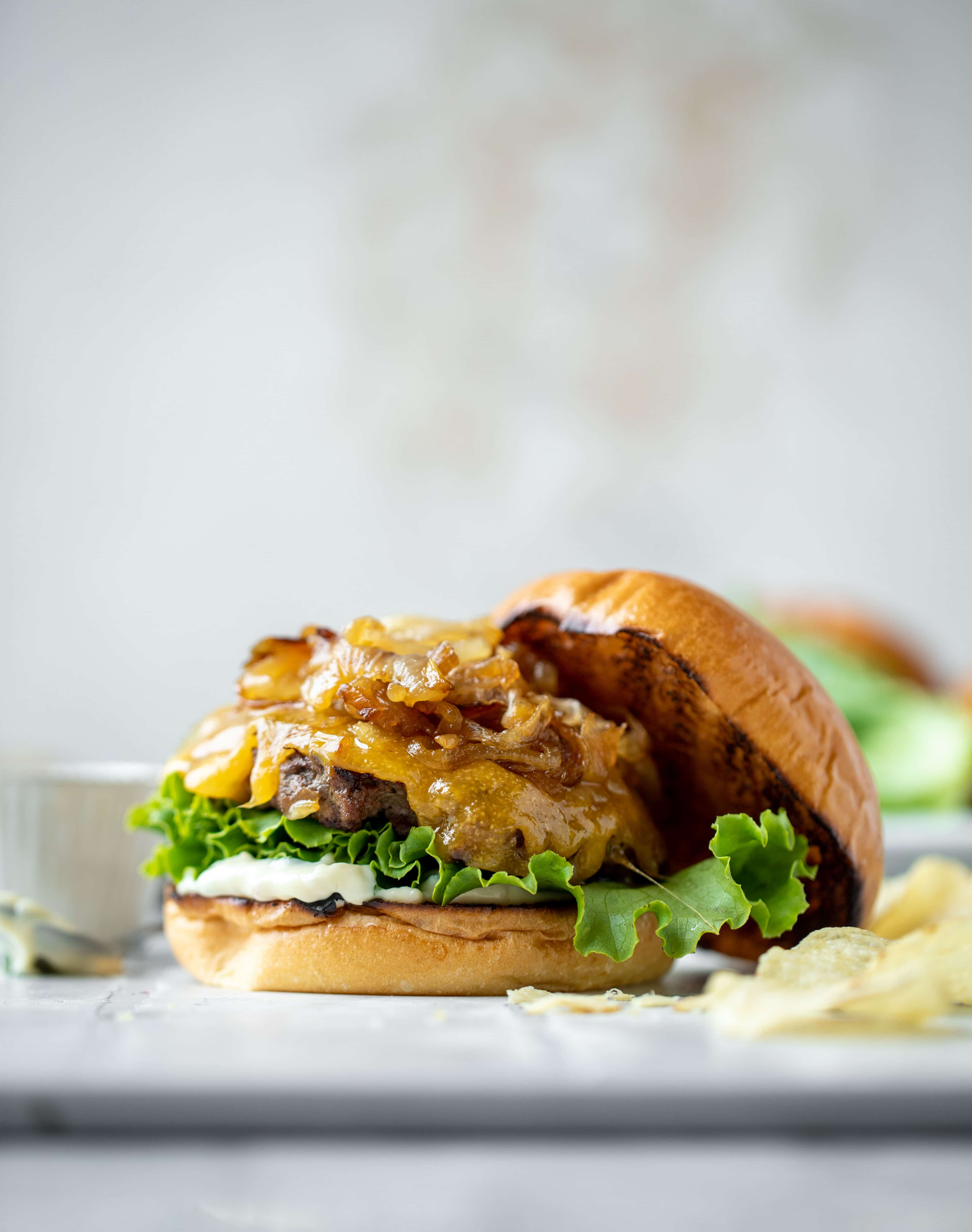 caramelized onion smash burger