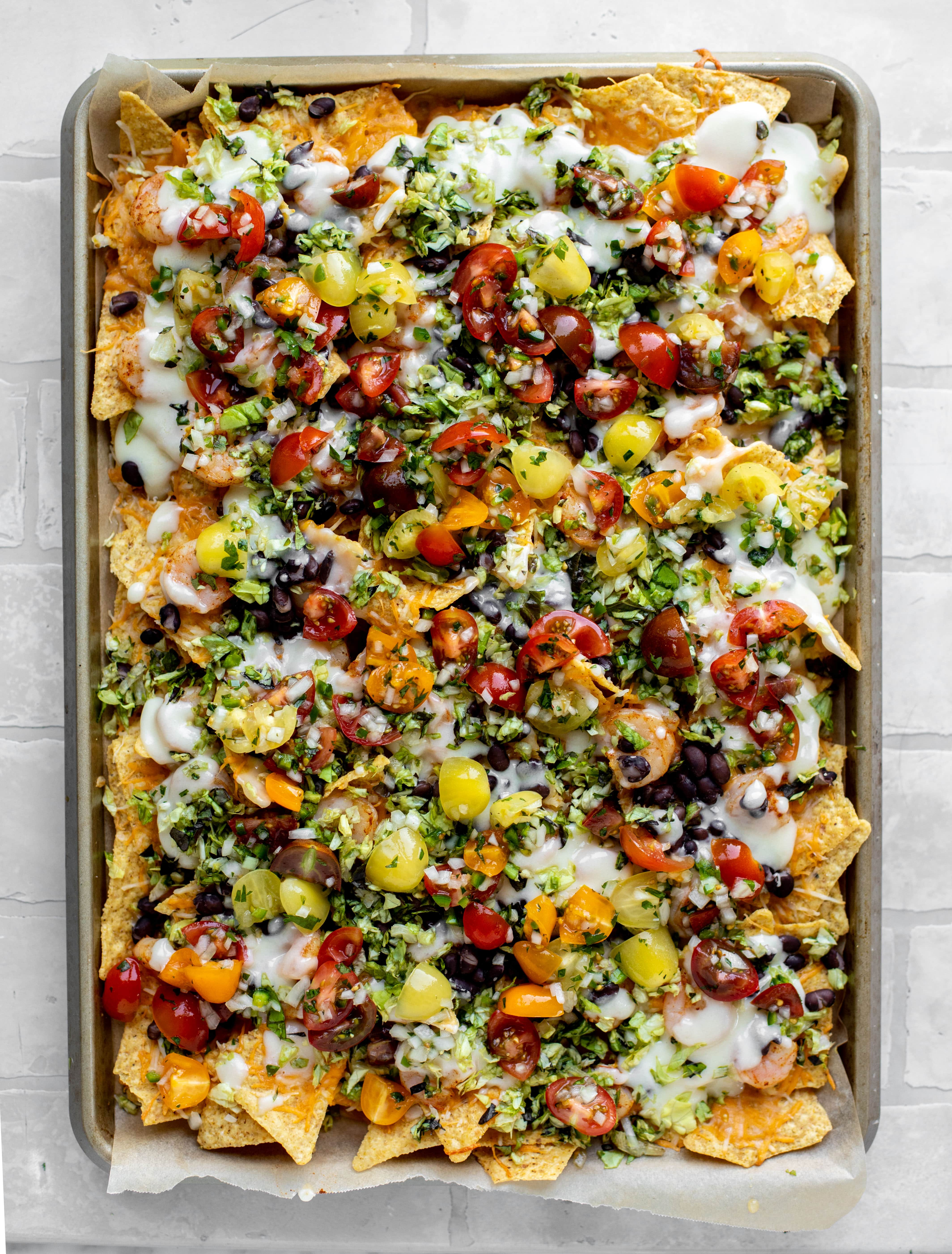 sheet pan shrimp nachos