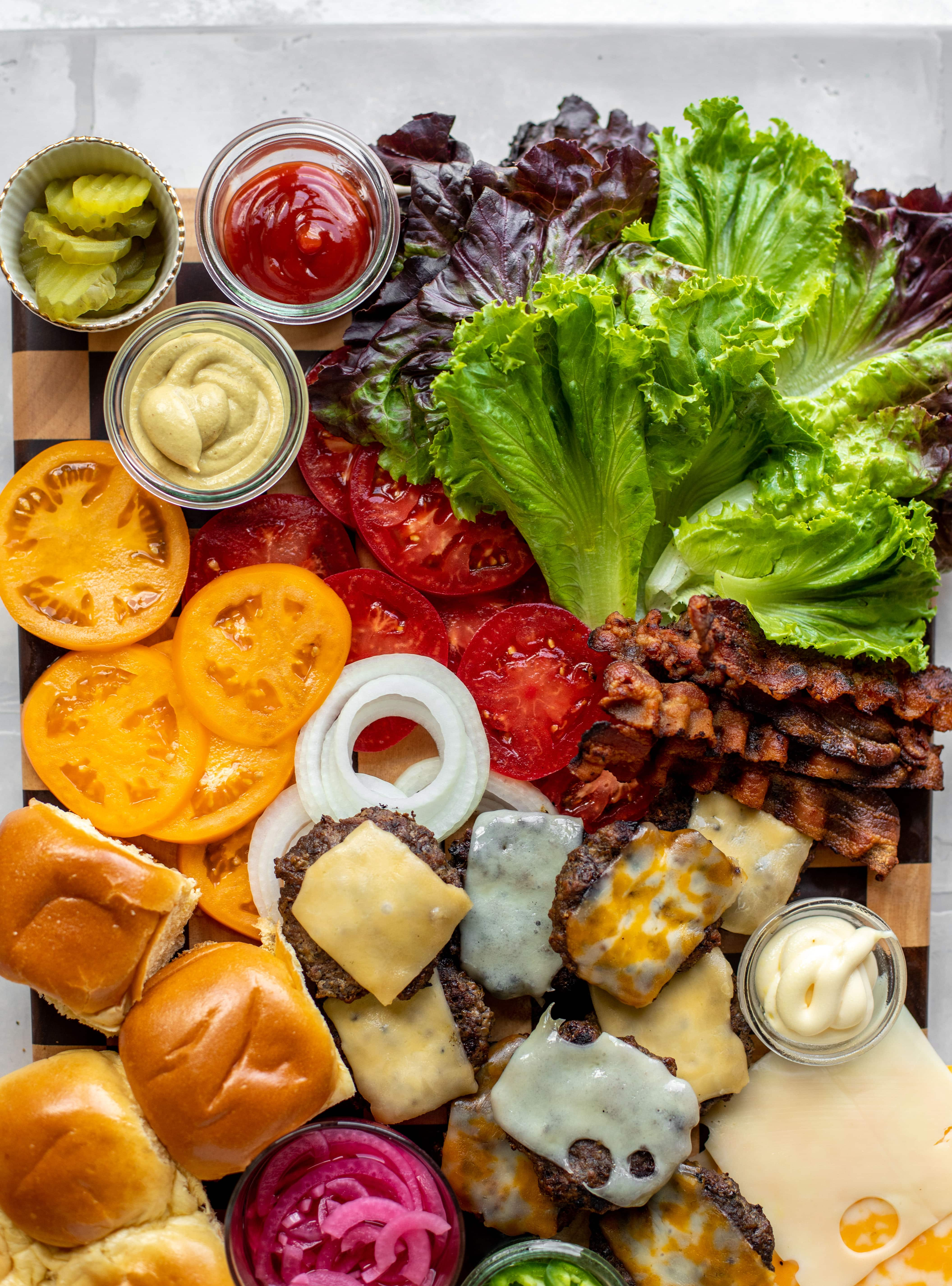 how to build a burger bar