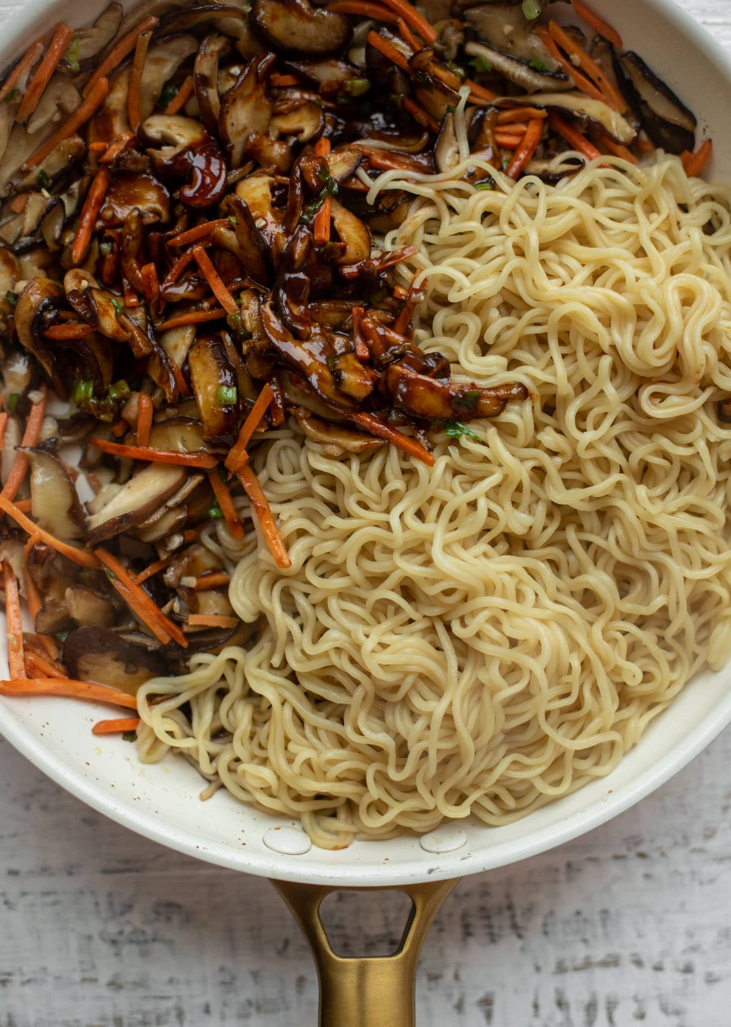 shiitake mushrooms, carrots, scallions and ramen noodles