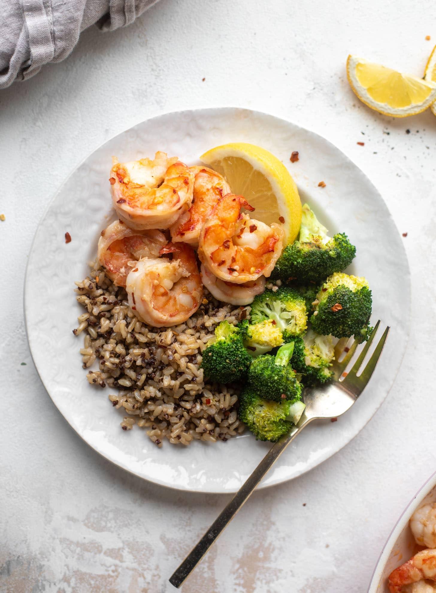 lemon butter shrimp and broccoli with quinoa