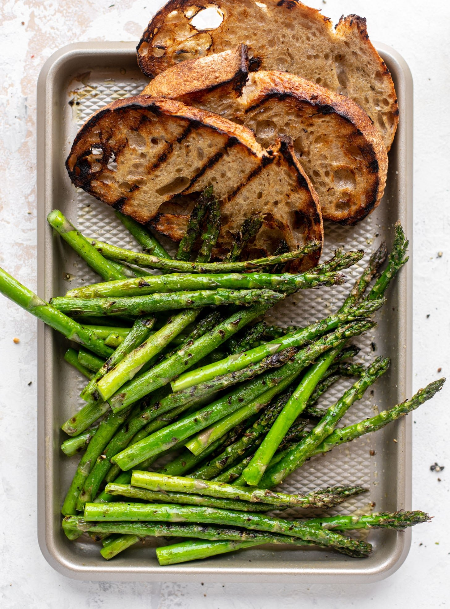 grilled bread and asparagus