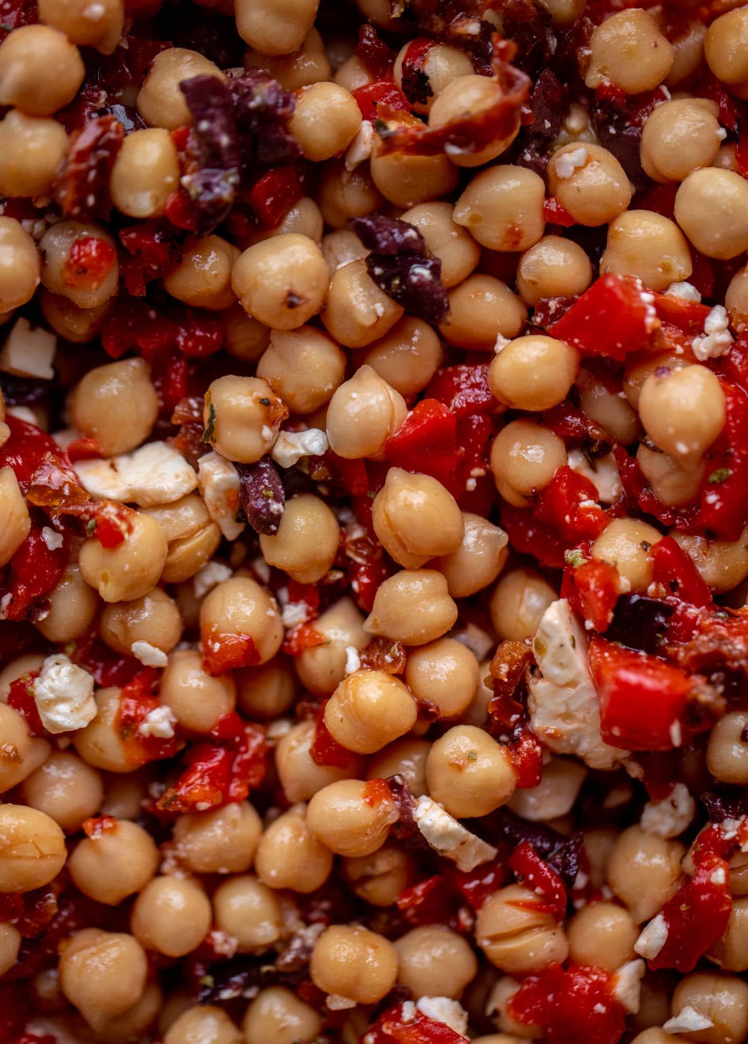 up close make ahead marinated mediterranean chickpeas