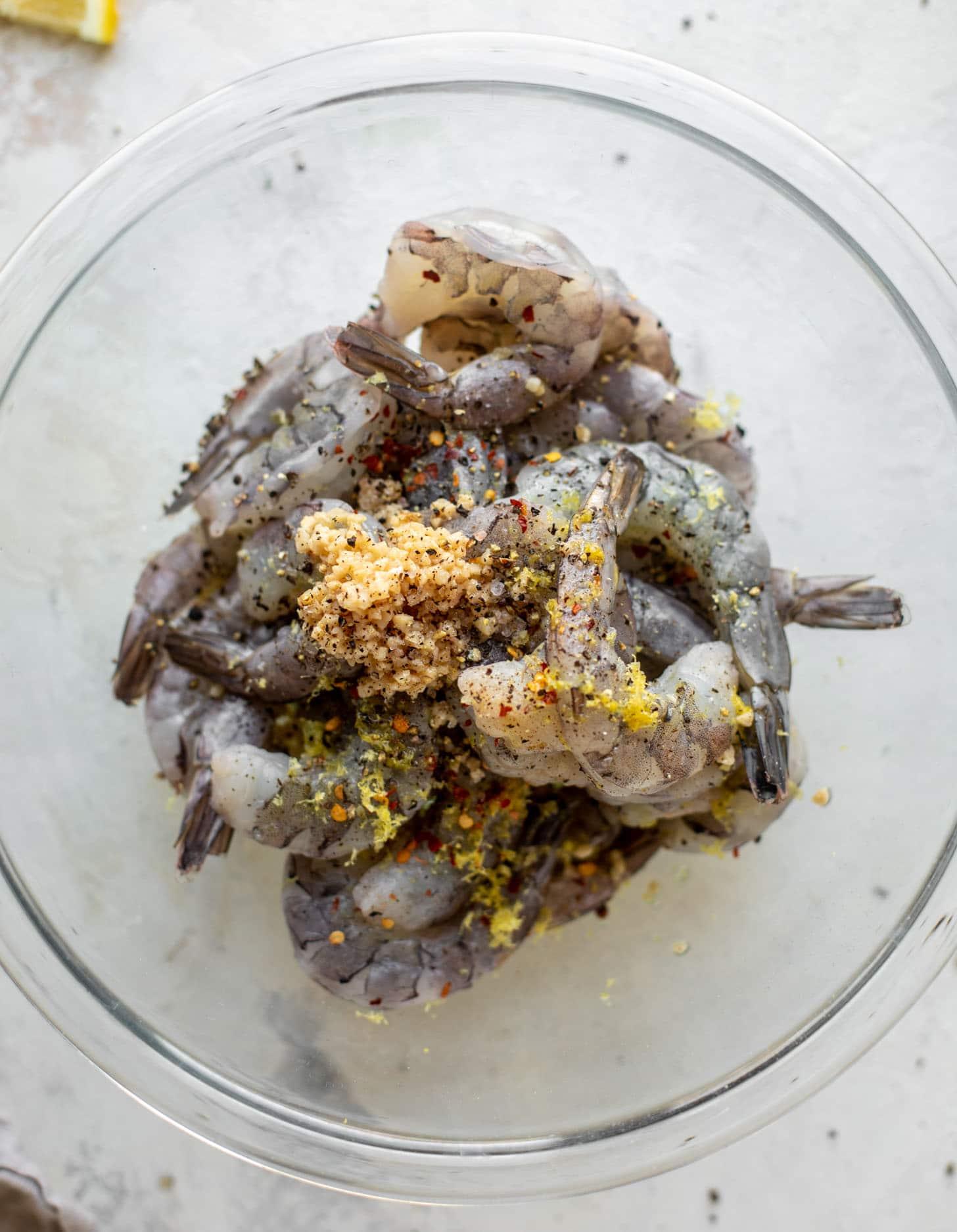 marinar camarones en limón y ajo