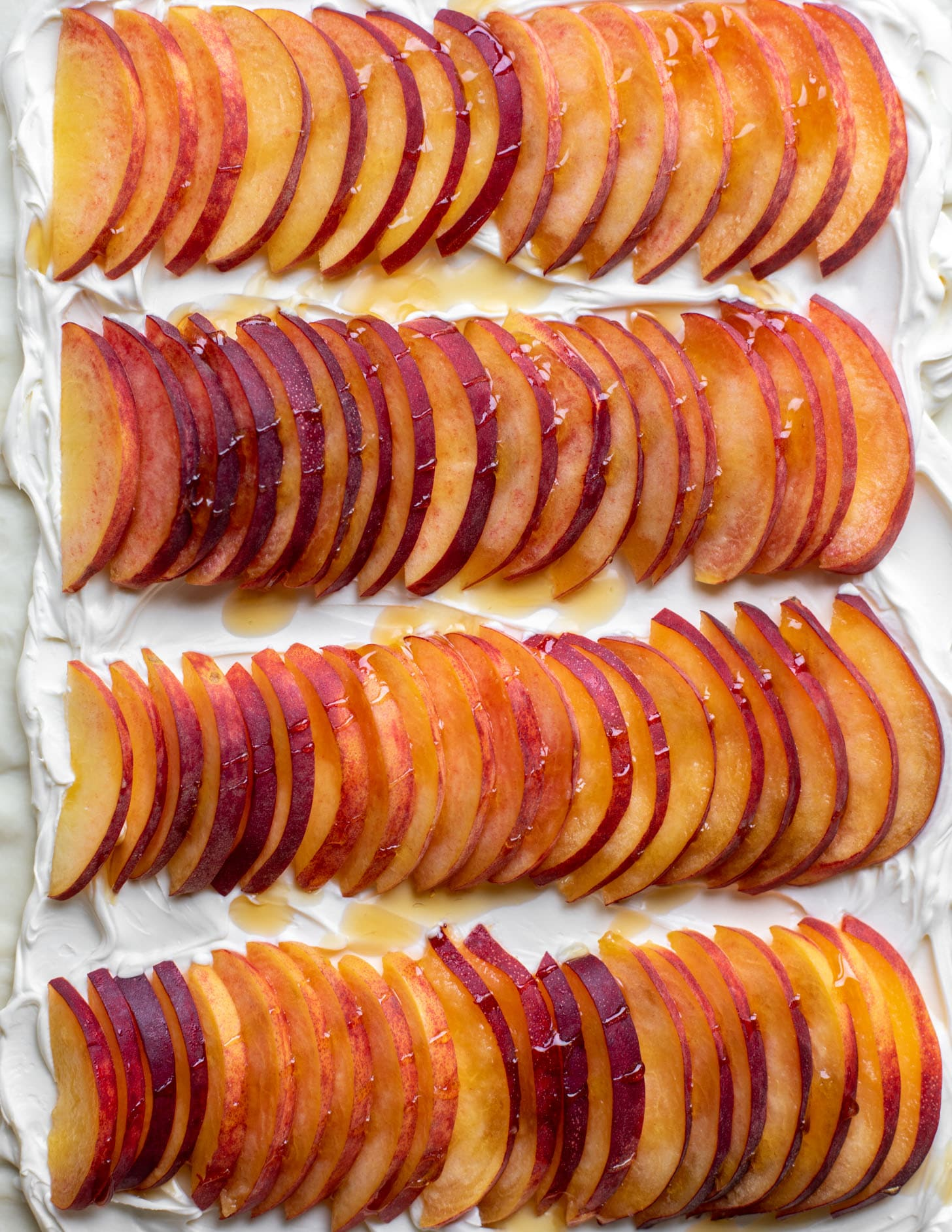 puff pastry with mascarpone and peaches