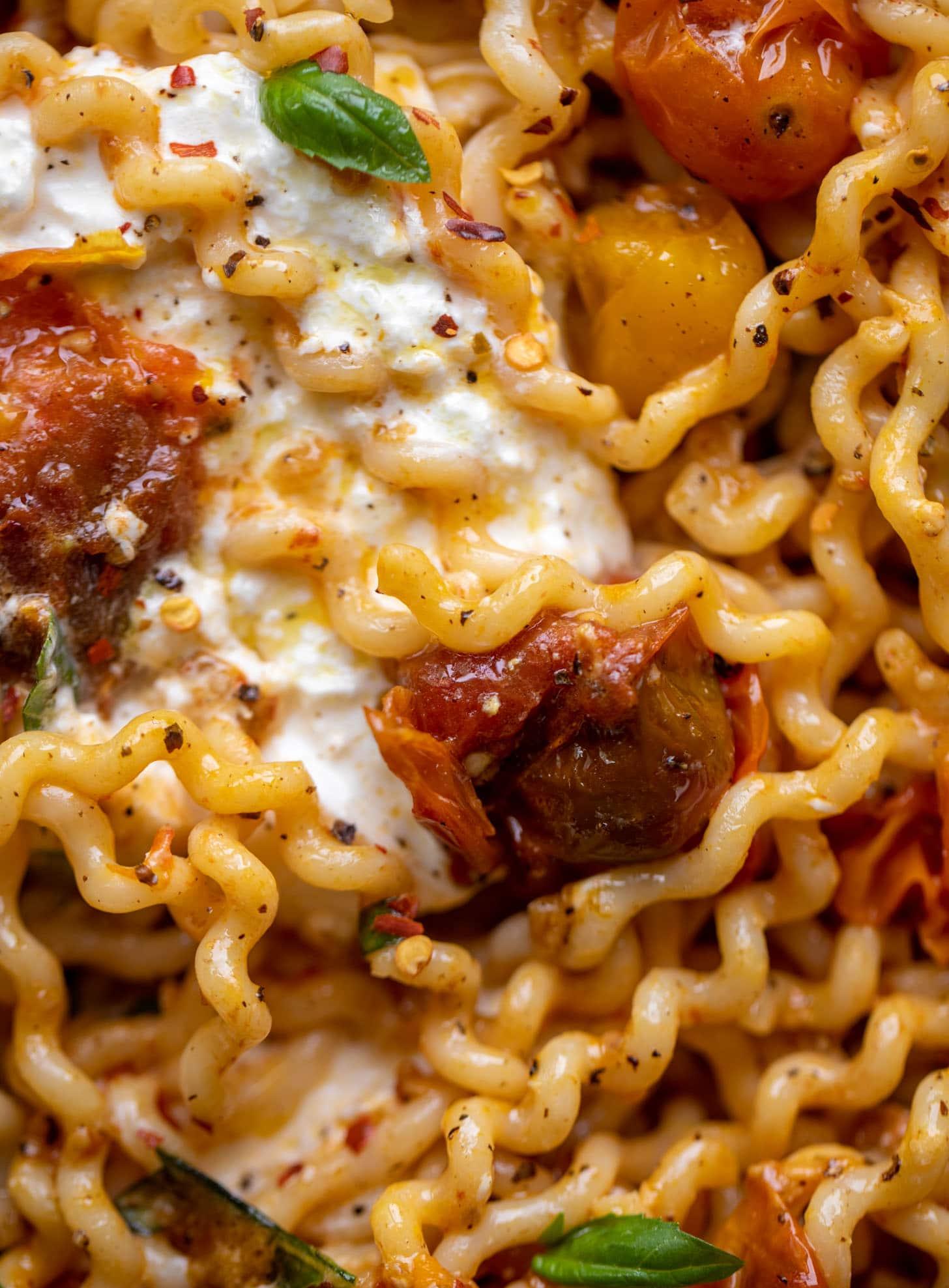 burst tomato burrata pasta