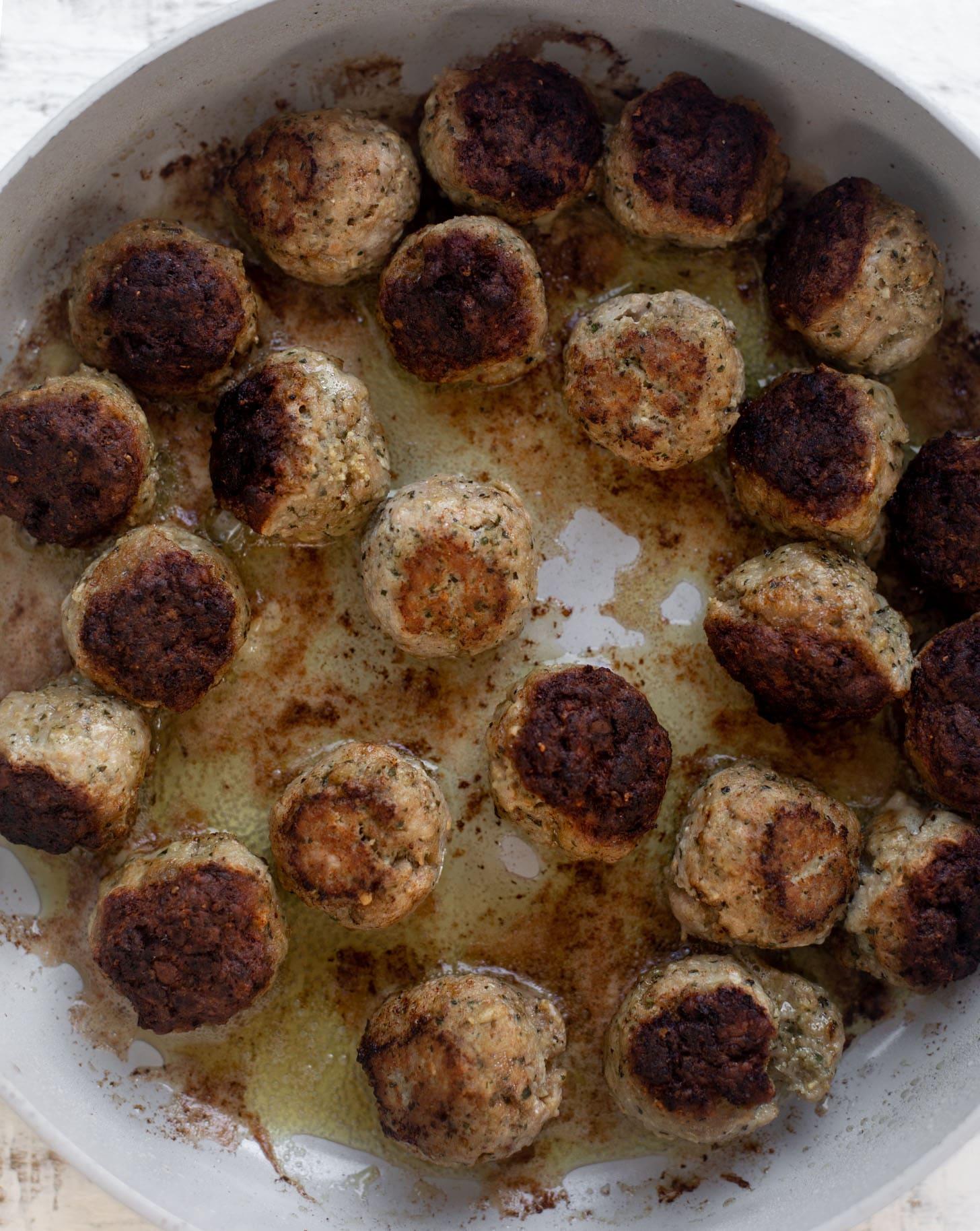turkey pesto meatballs